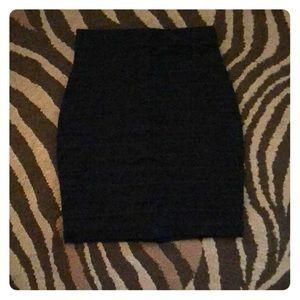 Women's black express skirt